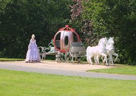 Cinderella and he horse drawn carriage (photo courtesy flickr.com)